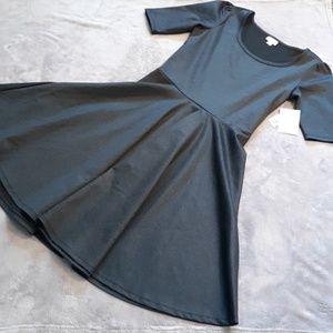 NWT LuLaRoe women's size L Nicole dress